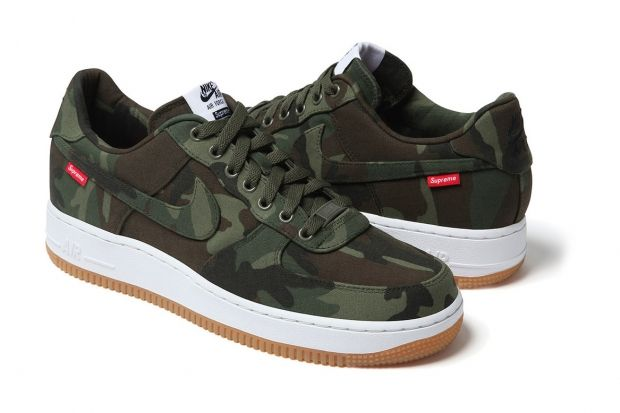 supreme-x-nike-2012-air-force-1-a-closer-look-2-620×413