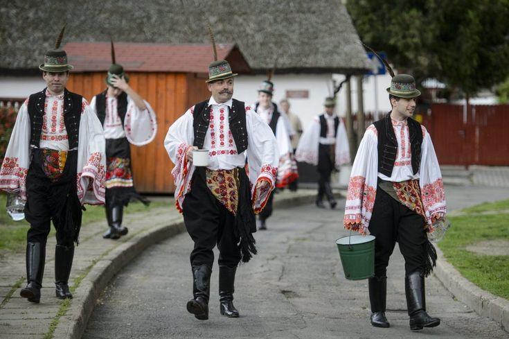 Hungarian Easter celebrations - PHOTOS - Daily News Hungary