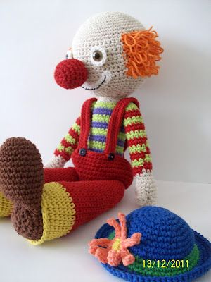 """Clown""...some cute Amigurumi here!"