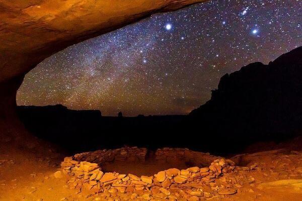 Twitter / iPaisajes: Vía Láctea sobre el Parque Nacional de Utah,EE.UU.