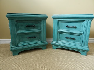 Crafty in Canada: Nifty Teal nightstands!
