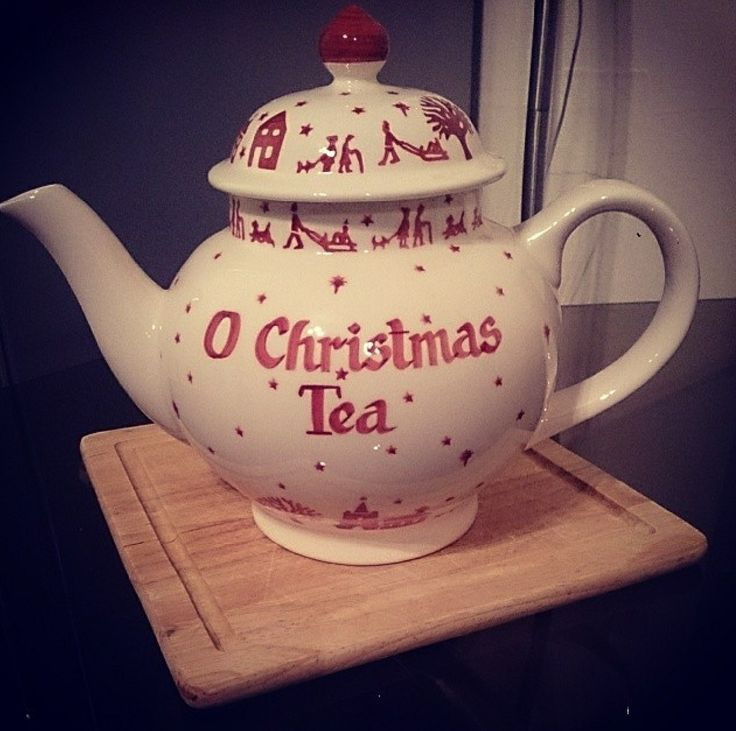 Emma Bridgewater Christmas Town Personalised Four Cup Teapot 2013