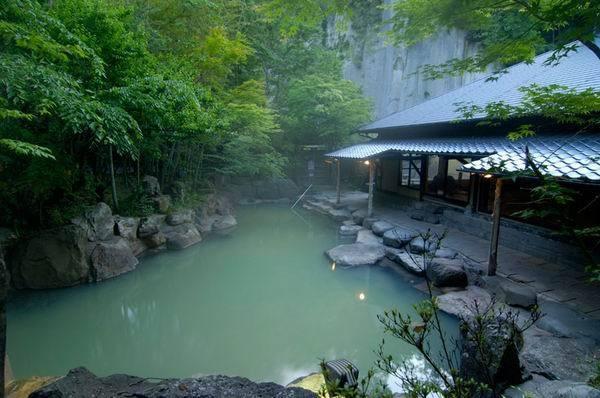 黒川荘|黒川温泉観光旅館協同組合 minamioguni:beautiful villages
