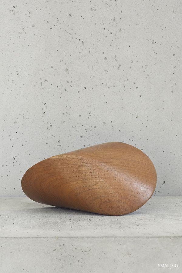 © smallbigidea.com wooden details and concrete.