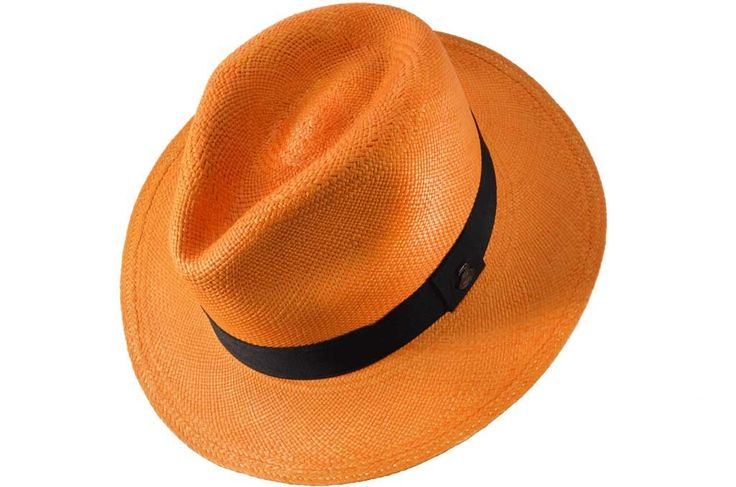 CLASSIC ORANGE- Orange hat? Why not! Different and original. Our orange Panama hat is 100% handmade with #toquilla straw in Ecuador. It is a timeless accessory made with love by local craftsmen. #genuine #panamahat