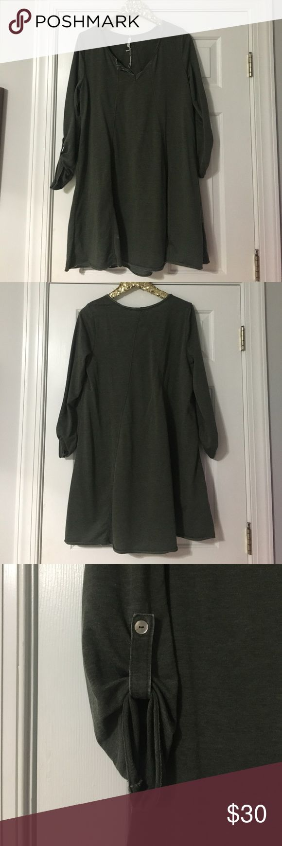 Hunter Green Sweatshirt Dress Brand New (tag unattached) Heather Hunter Sweatshirt dress! Never worn. Perfect for fall with boots! So comfy.  A line silhouette. z supply Dresses Long Sleeve