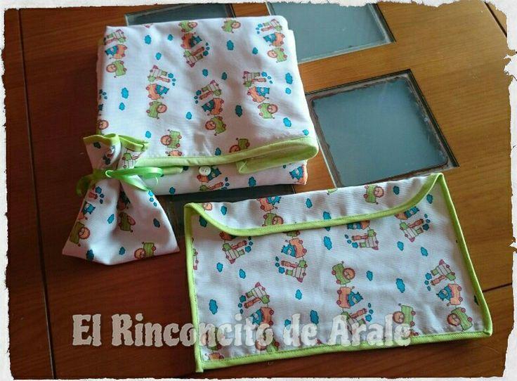 Conjunto de cambiador, bolsa del chupete y bolsa para los pañales