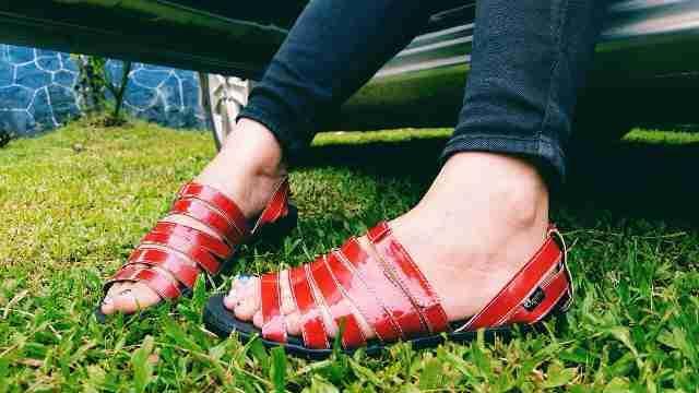 Sepatu Sandal Kagumi