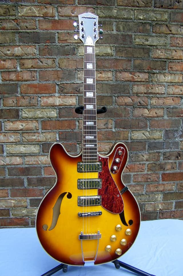 Airline  H77 Hollow body electric 2014 Honey Burst