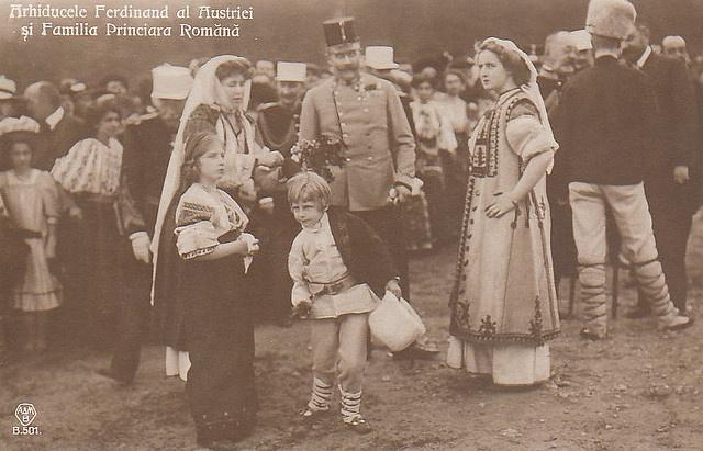 Erzherzog Franz Ferdinand von Habsburg-Este mit Königin Marie von Rumänien und ihren Kindern