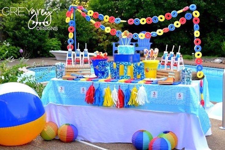 "DIY con ""churros"" de piscina muy fáciles http://blgs.co/_UK1KS"