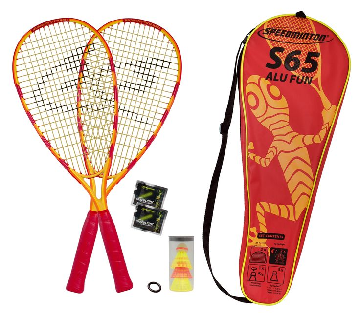 Speedminton S65 speed #badminton set for two is great for novice to competitive players from 5-95 This indoor/outdoor game takes only minutes to set up, is played without a net, the courts are portable (sold separately), and can be played anywhere – in winds to 27 km/h. www.Speedminton.ca #OASToronto #829 #OASVancouver #928 #OASCalgary #629 www.Speedminton.ca