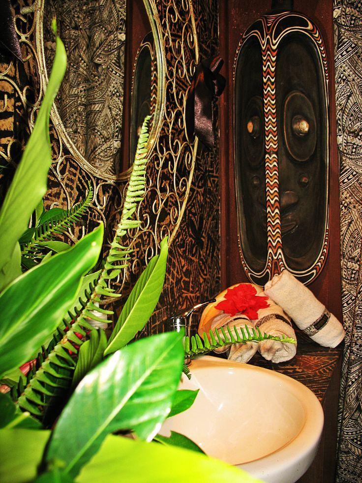 Bathroom Decor #PlantationHouse