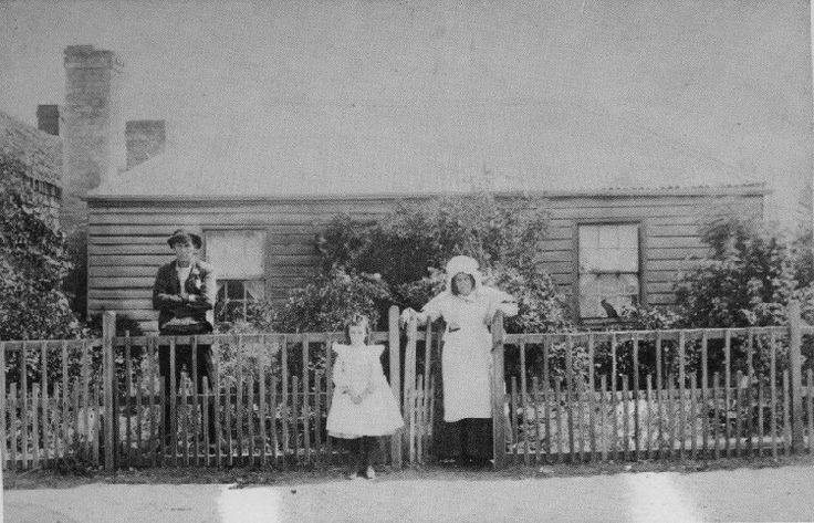 The Hodgetts family home at Longford. Click on the photo to read about this family.