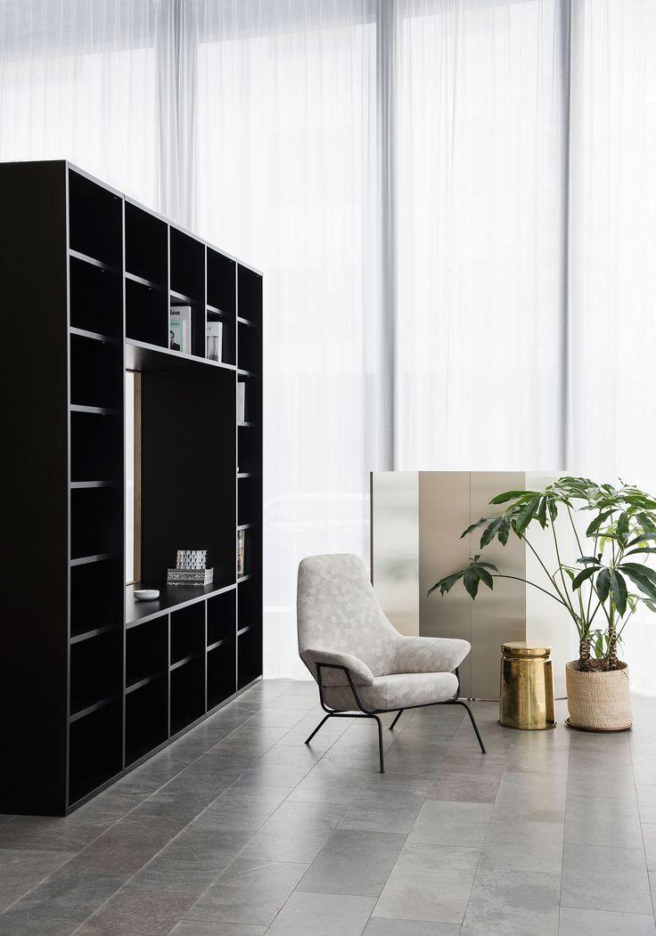 Best 25 Furniture showroom ideas on Pinterest Showroom design