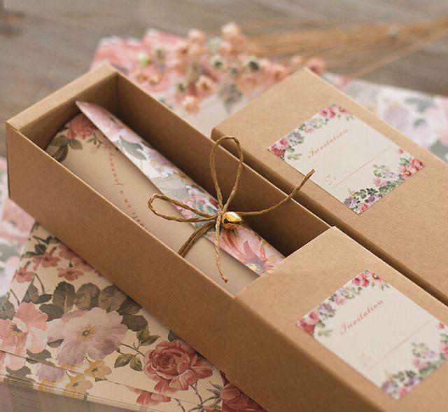 2016 Novo estilo Europeu caixa de papel kraft cartão convites mariage cânhamo corda do sino de convites de rolagem 30 pçs/lote