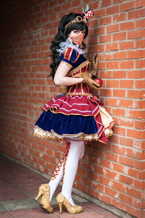 """I love this fantastic interpretation of a """"steampunkified"""" Snow White by Swedish cosplayer enjoithis. The costume is based on the artwork of..."""