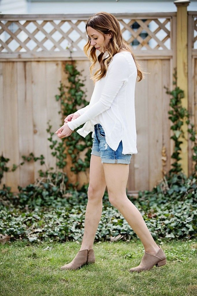 665b67f5b9d 30 Second Outfit: Spring Uniform | WEAR - Outfits | Fashion, Outfits ...