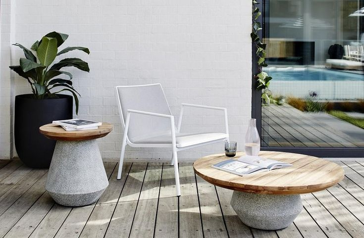 CABO ROUND CONCRETE SIDE TABLE