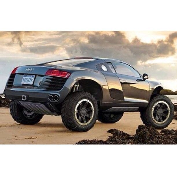 Monster Audi R8... I... I don't have words... Me likey!!