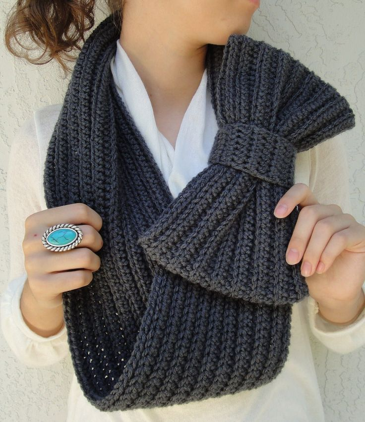 Crocheted bow infinity scarf - i'm thinking a white with red bow inspired by a certain kitty