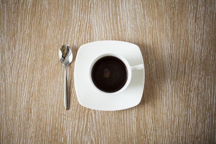 rozgrzewająca kawa bez mleka