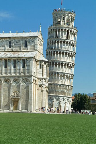 See the Leaning Tower of Pisa and watch a pizza-making demonstration then make a pizza and eat it.