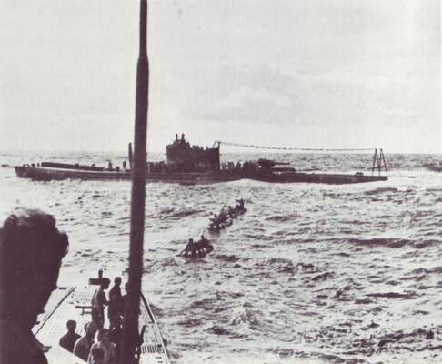 U-180 (type iXDL) meets I-29 in the Indian Ocean to exchange 2Japanese Navy Officers and 2 tons of gold to pay for their training in submarine building