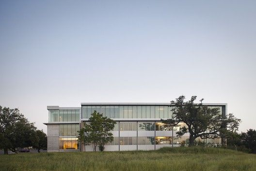 Fleck Hall,Courtesy of  andersson wise architects