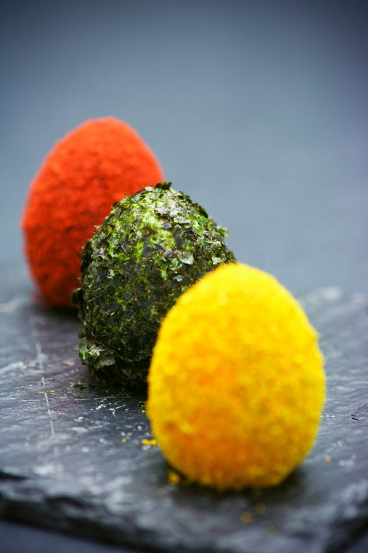 Oeufs de caille aux épices http://www.750g.com/recettes_oeufs_de_caille.htm http://www.750g.com/recettes_oeufs_de_paques.htm #oeufsdecaille #oeufs #paques #750grammes