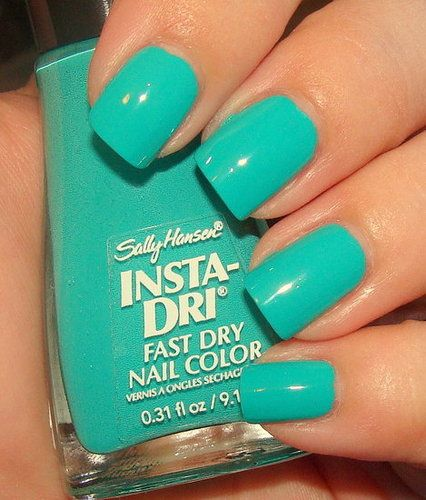 Sally Hansen Insta-dry nail polish in Sea Breeze Creme blue-green
