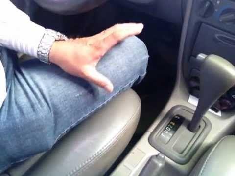 Aprenda a dirigir carro automático corretamente.