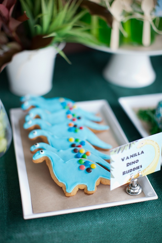Dinosaur_Birthday_Party_Dessert_Table_Dinosaur_Cookies_Cupcake_Couture