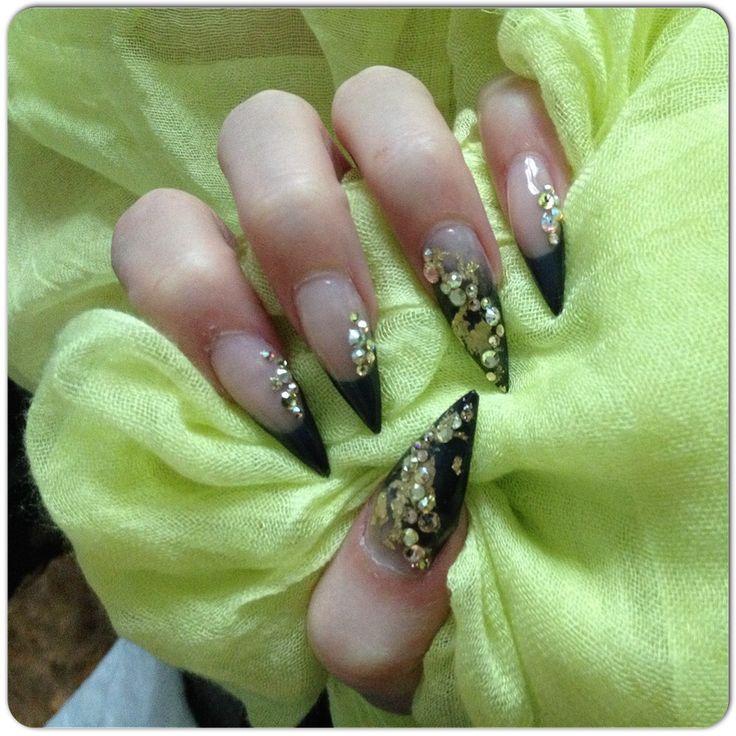 LCN black and diamonds.