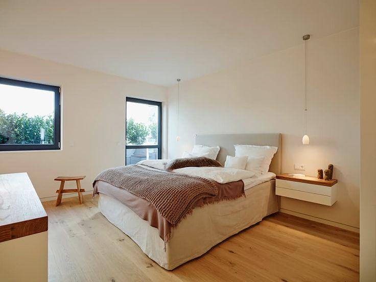 Penthouse: moderne Schlafzimmer von HONEYandSPICE innenarchitektur + design