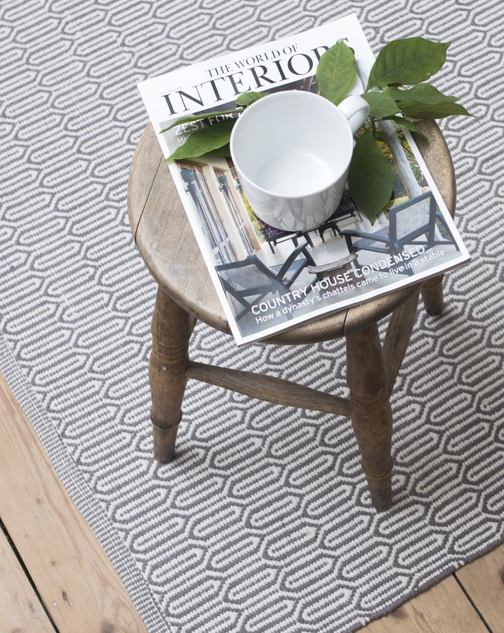 Gustaf green and white patterned floor runner and rug. A Scandi favourite - this rug pairs perfectly with any interior. Home gift ideas from Skandihome.