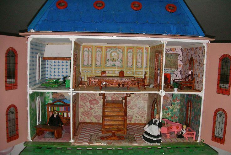 Casa de muñecas infantil abierta