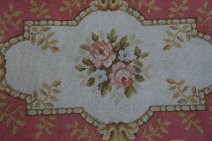 Eski Fransız Mecanique Aubusson halı 90X175 cm: oryantal halılar, Halılar Aubusson eski sabun fabrikası, antik, modern, çağdaş kilim eski İran halıları, İran Oryantal halılar, Türk, Aubusson duvar halıları, çağdaş kilim, antika Savonneries