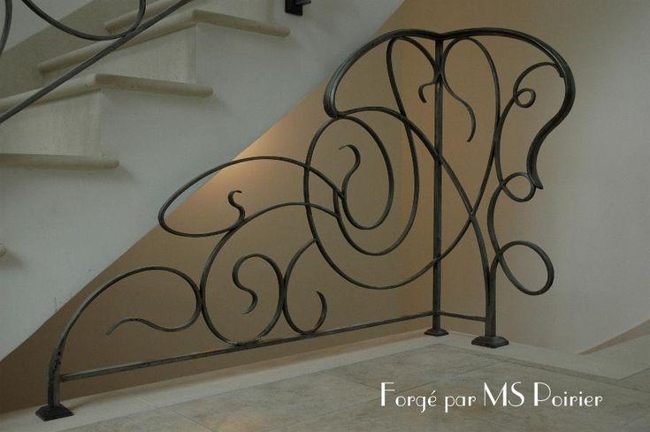 Garde-corps en fer forgé design Art Nouveau