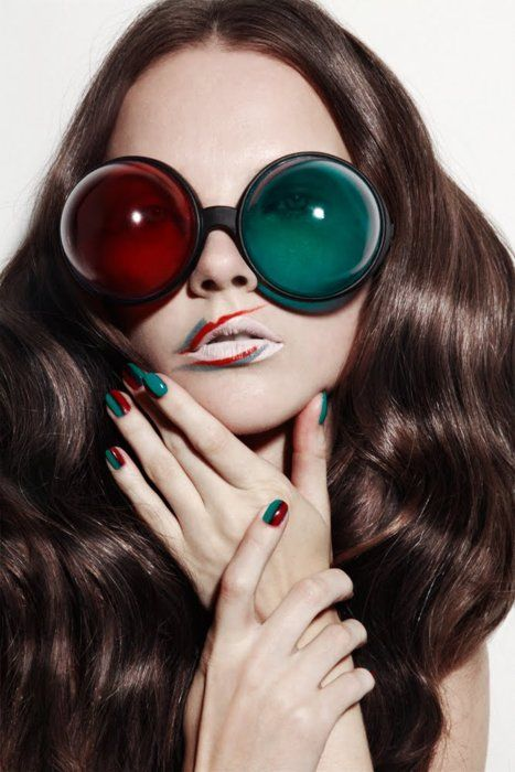 Hair Models, Fashion, Nails Art, Glasses, Makeup Artists, Green Christmas, Face Shape, Lips, Jamie Nelson