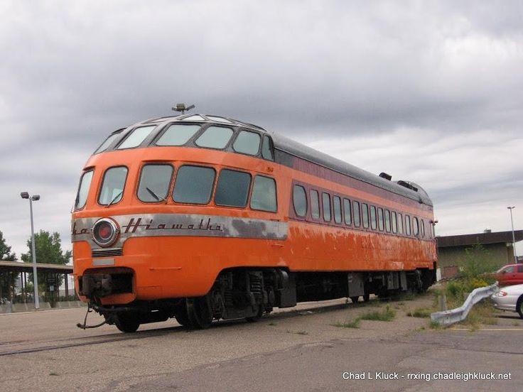 Milwaukee Road, Hiawatha rail coach. https://en.wikipedia.org/wiki/Super_Dome_(railcar) https://en.wikipedia.org/wiki/Olympian_Hiawatha