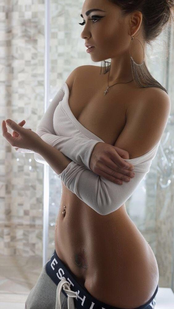 Naked skinny flexible women