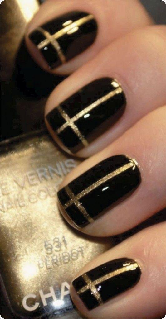 Unhas decoradas com fio de ouro - Site de Beleza e Moda