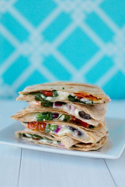 Greek QuesadillasYummy Food, Dinner Time, Delicious Vegetarian Recipe, Quesadillas Recipe, Greek Quesadillas Annie Eating, Favorite Recipe, Amazing Cooking, Delicious Food, Cooking Photos