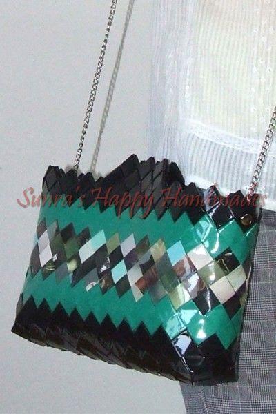 Geanta reviste | Geanta colorata | Geanta cu lant | Haine Handmade
