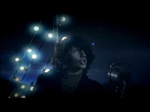 Arctic Monkeys - Crying Lightning (official video) (2009) - OK!!!!!! Some good things from the north of England come from the wrong end...... But yet! They are quite good...?.... They were obviously looking towards Lancashire when the Muse did her BEST work ...... ;)