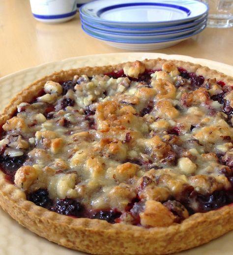 Tærte med brombær og tosca topping