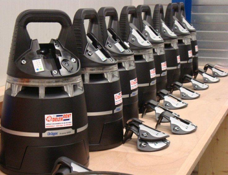 Deltarent investeert in acht gasmeetinstrumenten X-am 5000 voor generatoren en compressoren. en een X-Dock 5300 testapparaat om de gasmeetinstrumenten te testen.