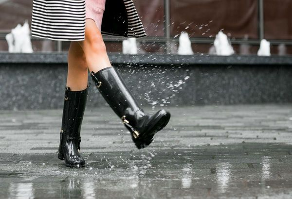 Monsoon fashion: Uplift your mood with style when it downpours , http://bostondesiconnection.com/monsoon-fashion-uplift-mood-style-downpours/,  #Monsoonfashion:Upliftyourmoodwithstylewhenitdownpours