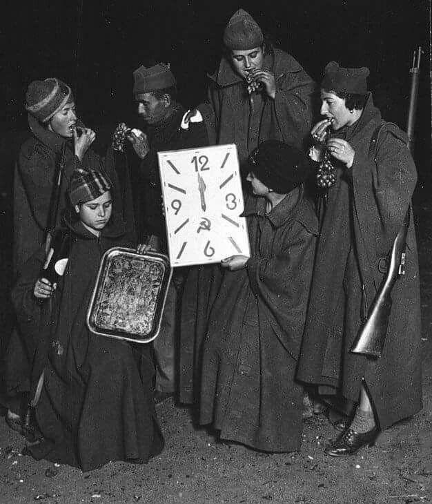 @inesgc 31 de diciembre de 1936 en el #FrentedeMadrid. Cincuenta y seis días resistiendo! #Defensade Madrid  Foto: Albero&Segovia